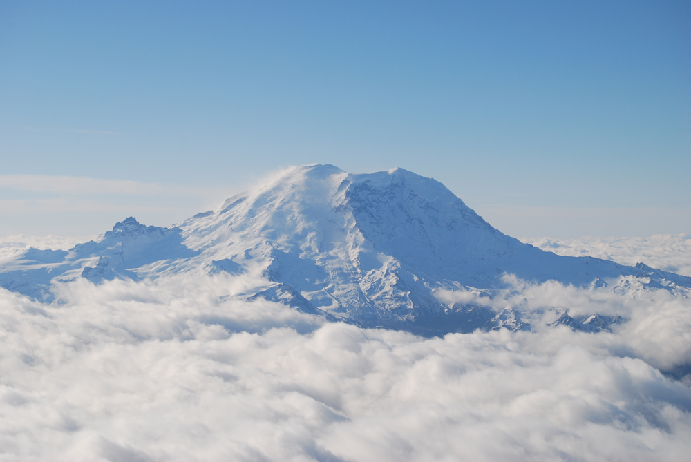 Mt-Rainier-resized